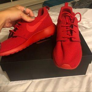 Nike Roshe One iD women's shoe